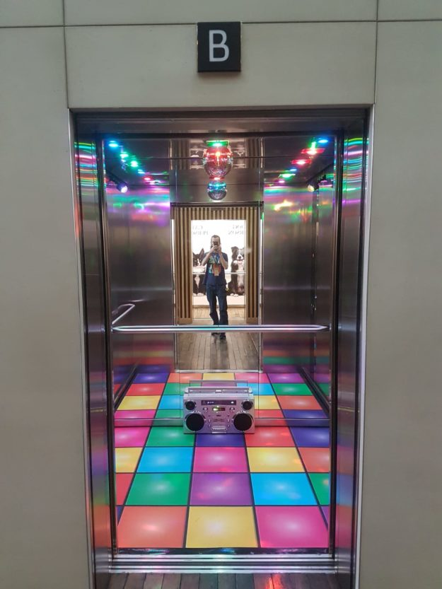 Office Lift Graphics