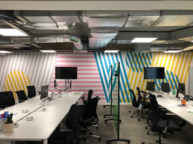 Bespoke digital wallpaper – Vodafone UK
