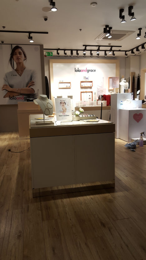 Lola & Grace – In Store graphics