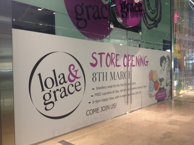 Lola & Grace – Retail graphics