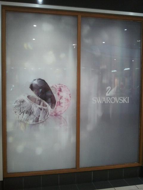 Swarovski, York – Glazing graphics